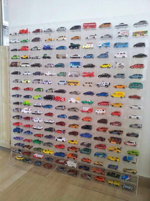 Acrylic Min Cabinet